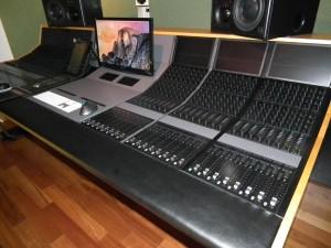 Avid S6 controller